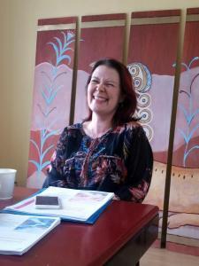 Anita puhumassa työyhteisöinnostamisesta Tähtipajoilla Helsingissä 10.6.2015, kuva Tuija Koukkula