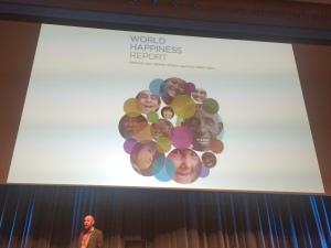 Esko Valtaoja ja World Happiness Report